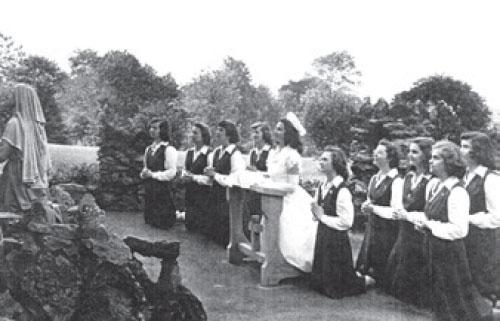 Mercy 1929 pray